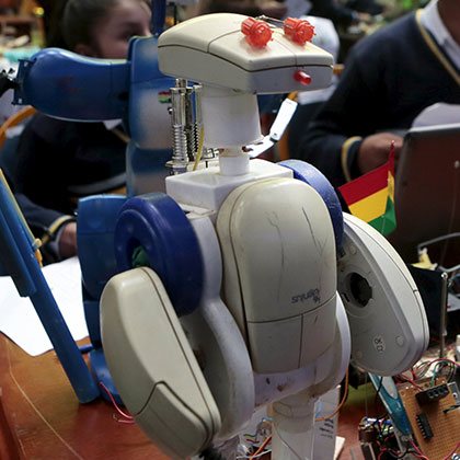 ROBOT-IN-SCHOOL-EDUCATION